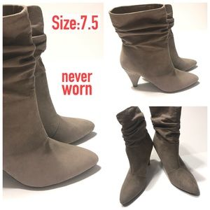 Slouch Heel Boot